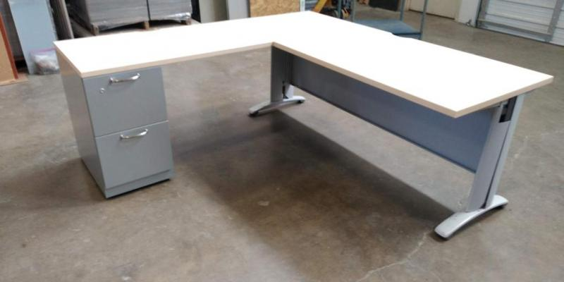 "L-Shape Desk72"" x75""  with Right or Left return"