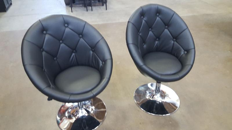 Black  Soft laether vinyl Guest Chairs  Black with Cromed Base