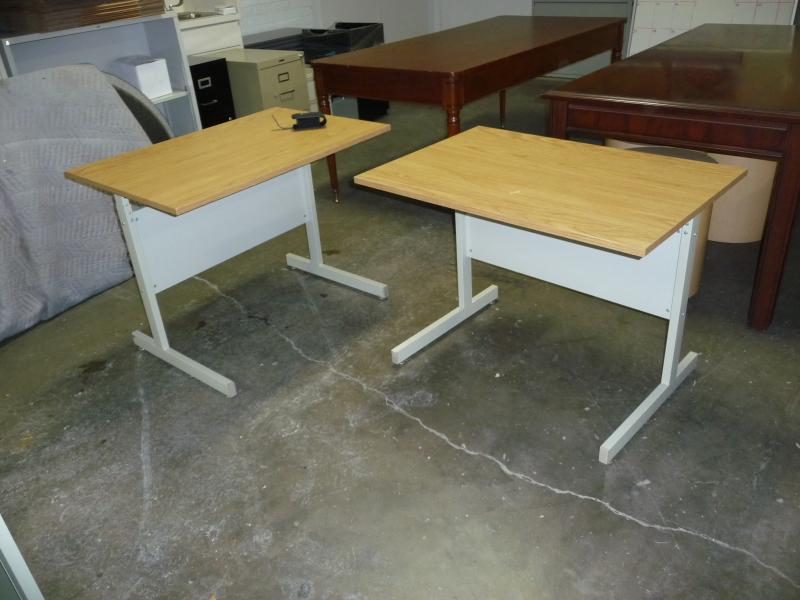 Laminate Work Tables