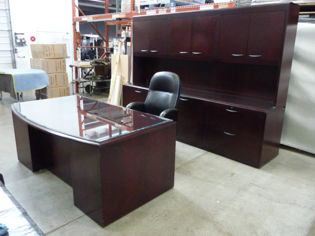 used office furniture chicago desks l shapeu shapefreestandingtable